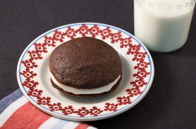 Small Chocolate Whoopie Pie